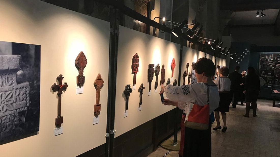 Exhibition-Croos-2018-main-image-post